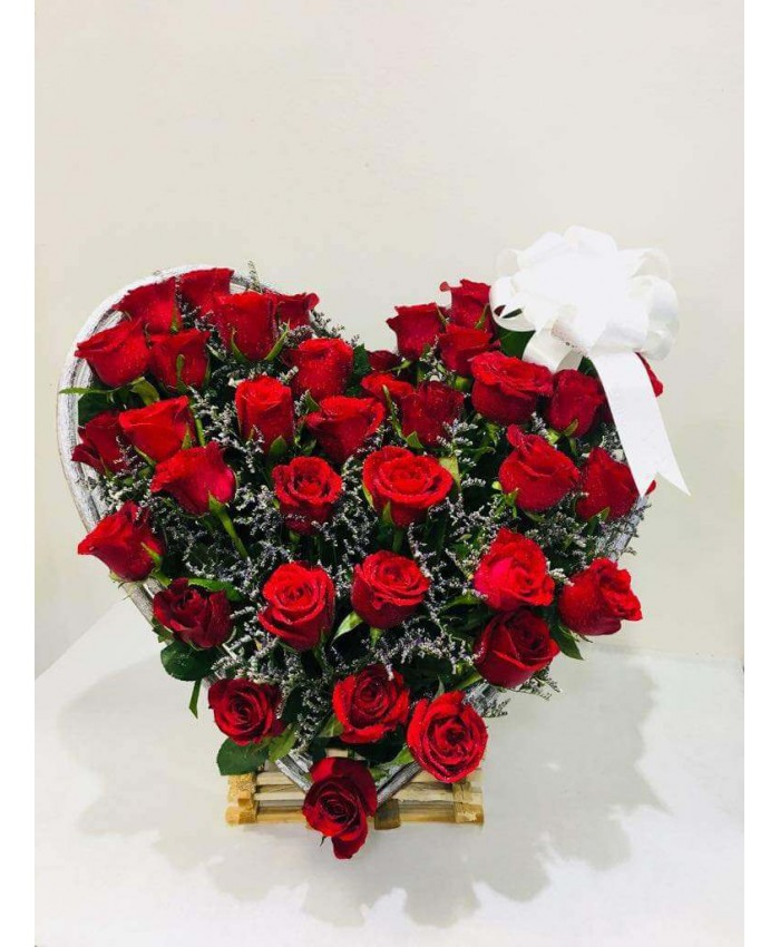60 Red rose with heart shape