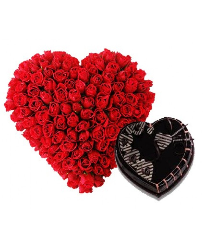Red Roses of Heart Shape With Black Forest Cake